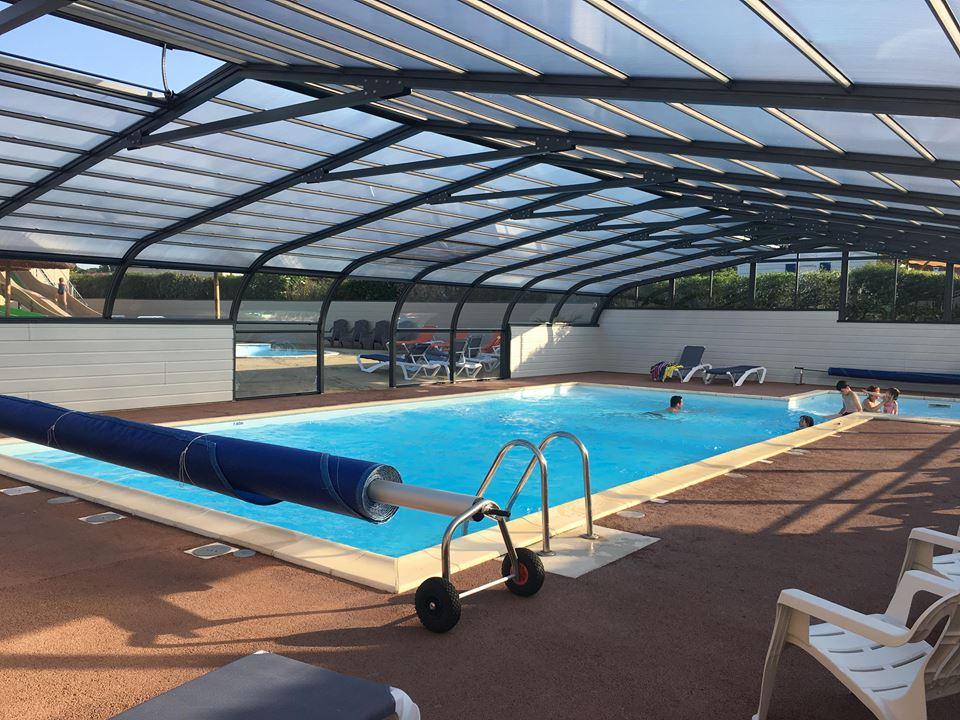 Camping avec piscine couverte près du Puy du Fou