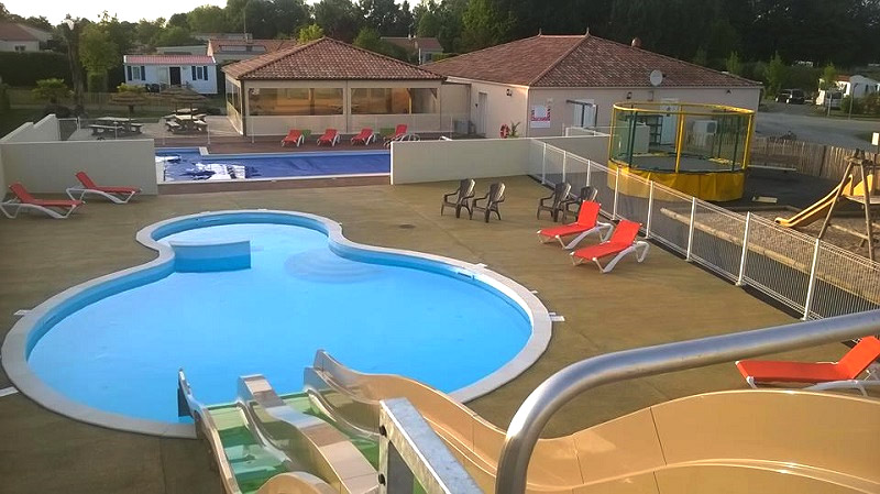 camping accueil groupe et famille : la piscine