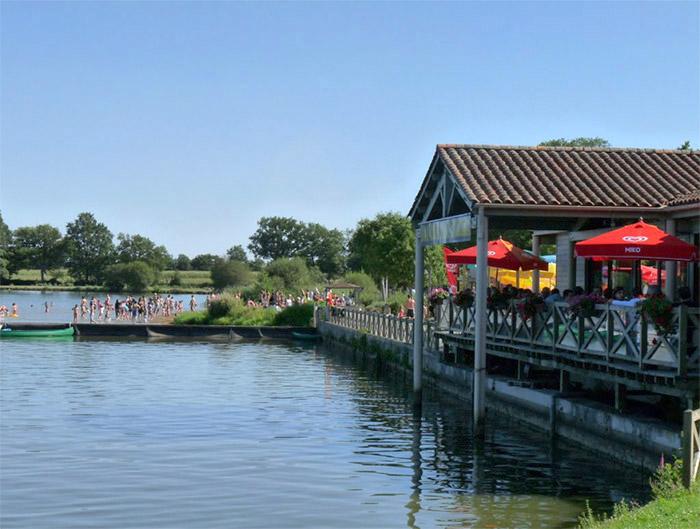 vacances en camping nature avec piscine en Vendée