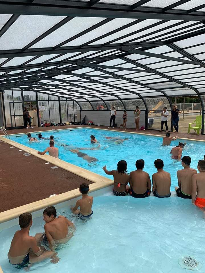jeux piscine couverte camping vendée
